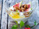 Feigen-Joghurt mit gerösteten Walnüssen Rezept