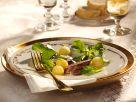 Feldsalat mit Apfelbällchen und Hasenfilet Rezept