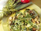 Feldsalat mit gebratenen Champignons Rezept