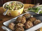 Frikadellen nach österreichischer Art dazu Kartoffel-Radieschen-Salat Rezept