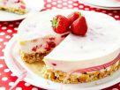 Frischkäsekuchen mit Erdbeeren Rezept