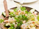 Fruchtiger Chicorée-Avocadosalat mit Garnelen Rezept