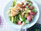 Fruchtiger Nudelsalat mit Hähnchen und Gemüse Rezept