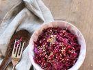 Fruchtiger Rotkrautsalat mit Sesam Rezept