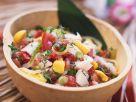 Fruchtiger Tomatensalat mit Weißfisch Rezept