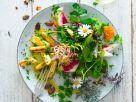 Gebratener Spargel an Wildkräutersalat Rezept