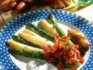 Gedämpfter Spargel mit Kräuterdip und Tomatensalsa Rezept