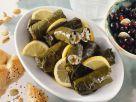Gefüllte Weinblätter auf griechische Art (Dolmades) Rezept