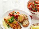 Gegrillter Lachs mit Kartoffeln und Tomatensalat Rezept