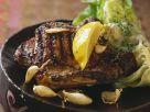 Gegrilltes Kotelett vom Schwein mit Knoblauch Rezept