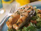 Gegrilltes Lachskotelett mit Gemüse Rezept