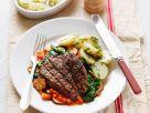 Gegrilltes Steak mit Spinat-Pilz-Gemüse Rezept