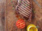 Gegrilltes Steak mit Tomate Rezept