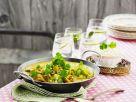 Gelbes Curry mit Hähnchen, Kichererbsen und Koriander Rezept