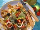 Gemüsesalat auf Fladenbrot Rezept