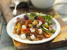 Gemüsesalat auf mediterrane Art mit Schafskäse Rezept