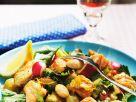 Gemüsesalat mit Fisch Rezept