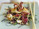 Gemüsesalat mit gebratenem Tintenfisch Rezept