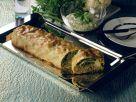 Gemüsestrudel mit Kräutersauce Rezept