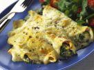 Gratinierte Pfannkuchen mit Spinat-Käse-Füllung Rezept