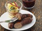 Grillwürstchen mit Kartoffelsalat und Rotweinsoße Rezept