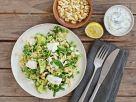 Grüner Reissalat mit Gurken-Joghurt-Dip und Cashewkernen Rezept