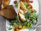 Grüner Salat mit Pfifferlingen und Weißbier-Vinaigrette Rezept