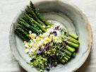 Grüner Spargel mit Ei und Kresse-Topping Rezept
