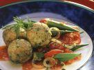 Grünkernknödel mit Tomaten-Okra-Gemüse Rezept