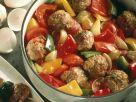 Hackbällchen auf Paprikagemüse Rezept