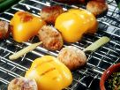 Hackfleischspieße mit Paprika vom Grill Rezept