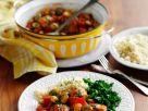 Hähnchenpfanne mit Oliven und weißen Bohnen Rezept