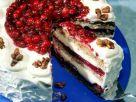Haselnuss-Biskuittorte mit Cranberries Rezept