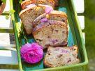 Hefe-Rhabarberkuchen Rezept