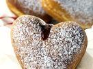 Herz-Donuts mit Marmeladenfüllung Rezept