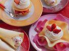Hippen mit Schlagsahne und Erdbeeren Rezept