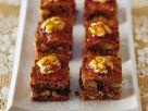Honig-Nusskuchen mit Walnüssen und Karamell Rezept