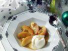 Joghurteis mit Äpfeln in Vanillebutter Rezept