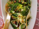 Kaiserschotensalat mit Minze und Speck Rezept