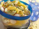 Kartoffel-Gurken-Salat mit Radieschen Rezept