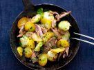 Kartoffel-Rosenkohlpfanne mit Gänsefleisch Rezept