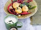 Kartoffel-Walnuss-Klößchen auf Mangoldgemüse Rezept