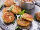 Kartoffelplätzchen mit Kräutersalz Rezept