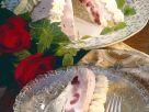 Kirsch-Vanille-Eistorte mit Mohn Rezept
