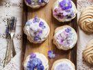 Kleine Blüten-Pavlovas Rezept