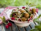Kleine Kartoffeln mit Radieschen und Spargel Rezept