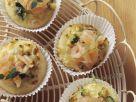 Kleine Zucchini-Lachs-Pizzen Rezept