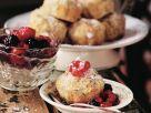 Kleiner Apfel-Mohn-Kuchen mit Beeren Rezept