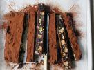 Kühlschrankkuchen aus Schokolade mit Nüssen & Trockenfrüchten Rezept