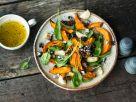 Kürbissalat mit Bohnen Rezept
